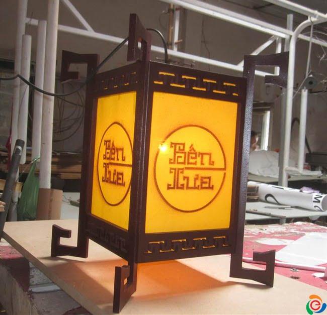 hộp đèn gỗ