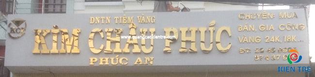 bảng hiệu inox vàng