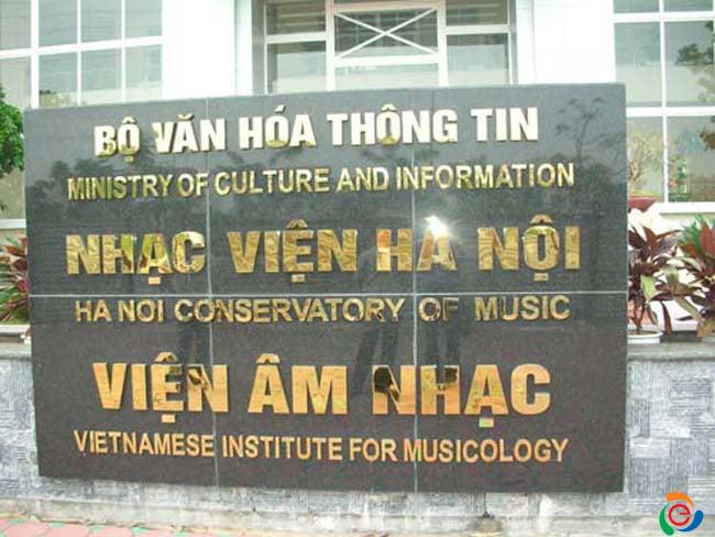 bảng hiệu chữ inox vàng