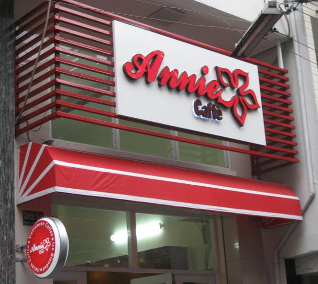 biển hiệu quán cafe