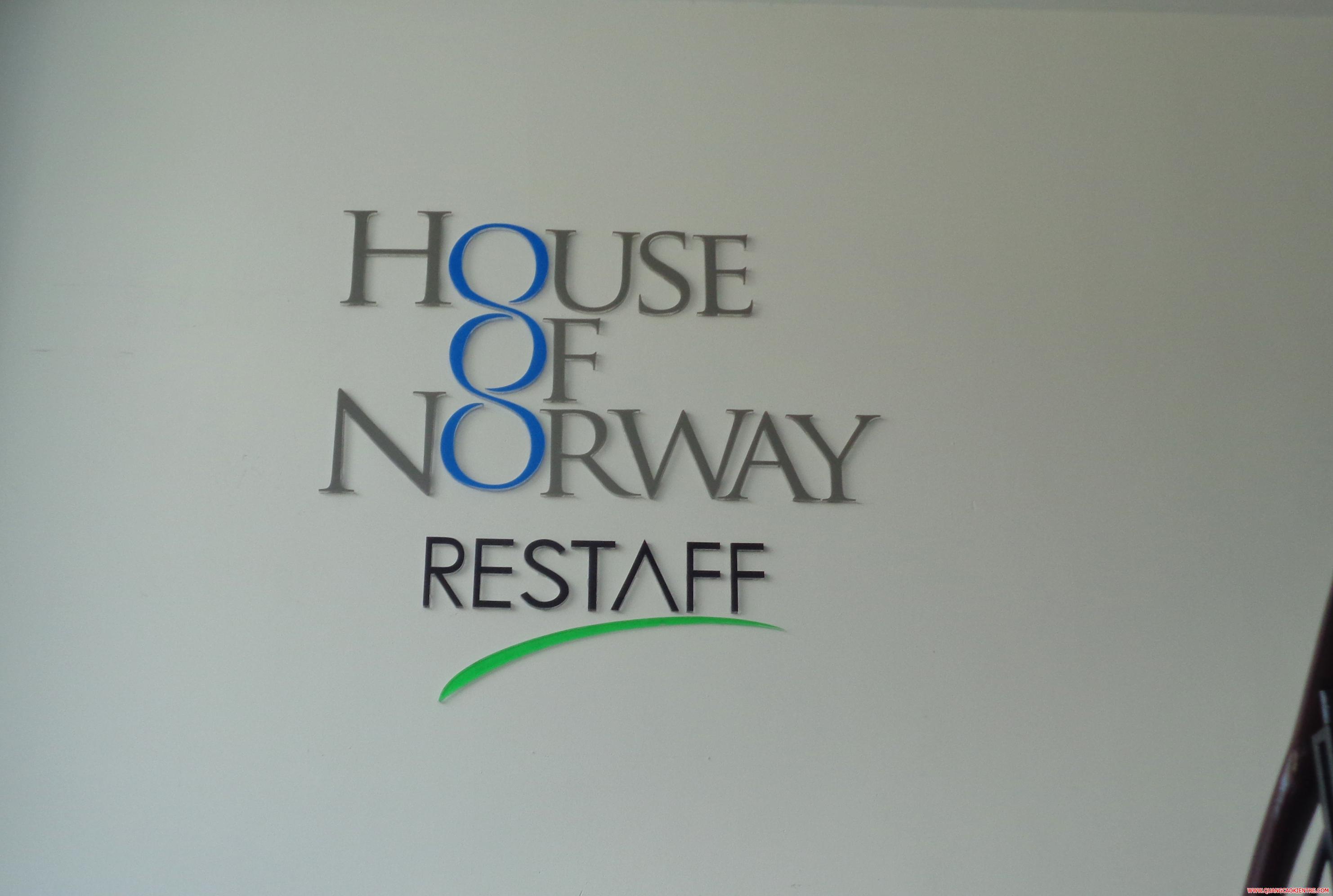 bảng hiệu công ty inox xanh