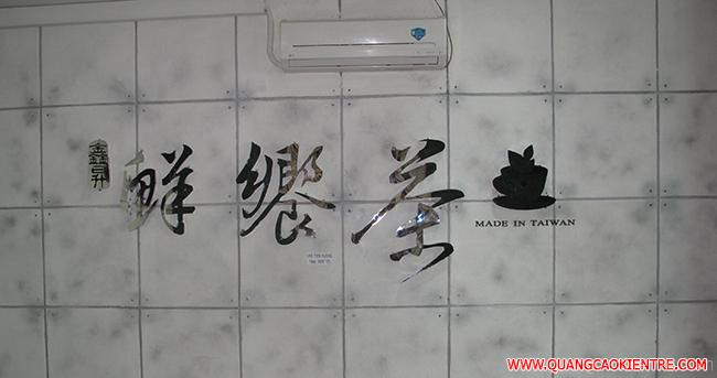 biển quảng cáo chữ inox trắng