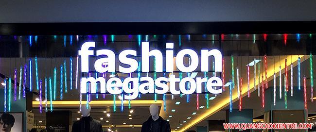 bảng hiệu thời trang