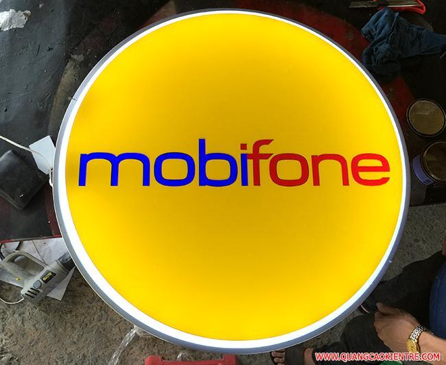 hộp đèn ép nổi mobifone