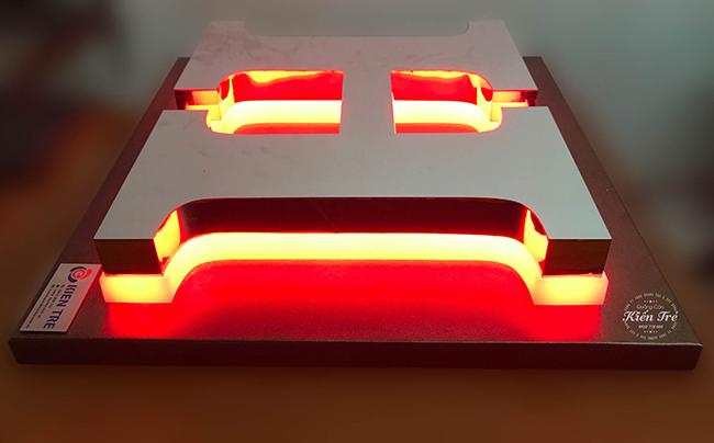 chữ inox âm đèn led