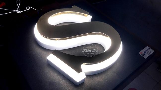 Cập nhật mẫu chữ inox đèn led thẩm mỹ cao, giá cả hợp lý