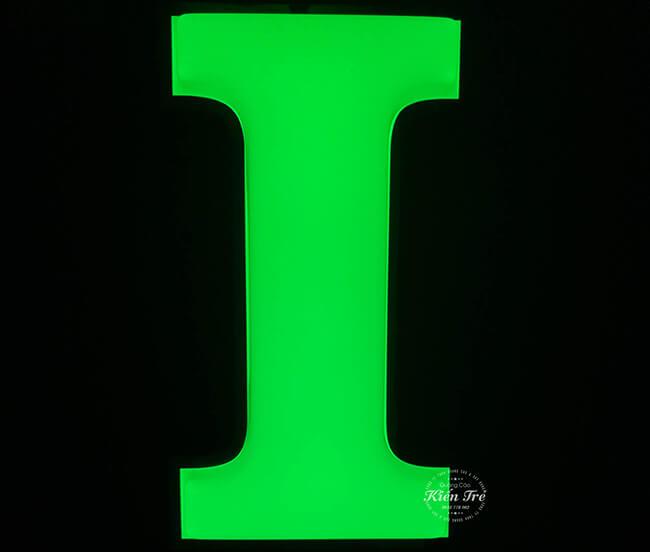 Chữ nổi mica gắn đèn Led ấn tượng và thu hút nhất hiện nay
