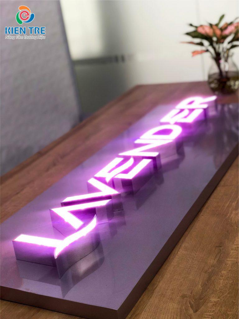 Gia công mẫu chữ nổi mặt acrylic giả đá đa sắc cho bảng hiệu quảng cáo