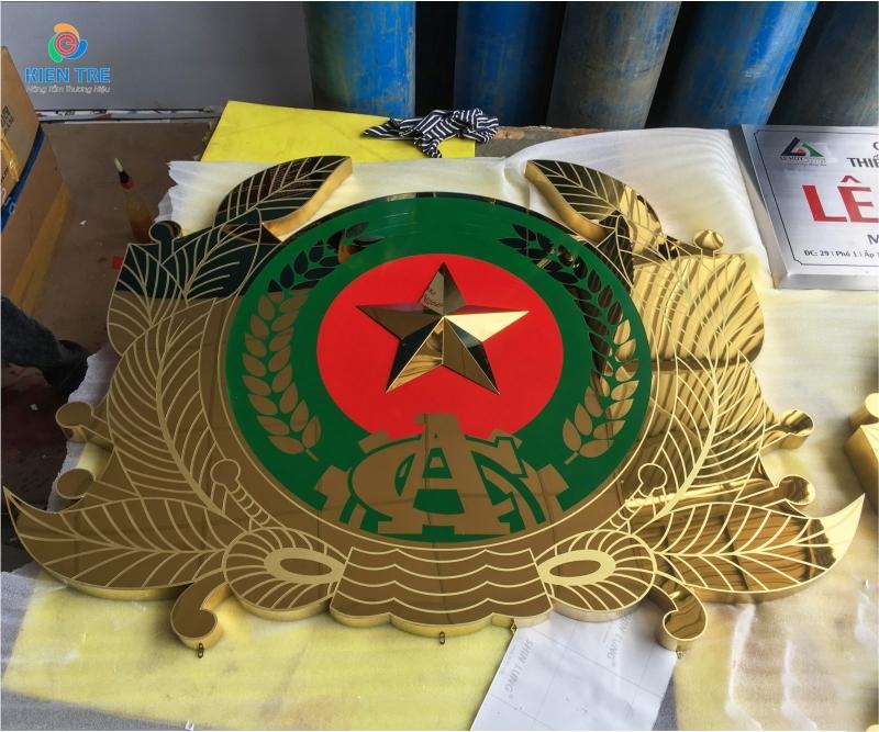 Xưởng sản xuất Logo Công A, Logo Quân Đội Sắc Nét Tuyệt Đối, Giao Hàng Nhanh, Giá Xuất Xưởng Rẻ Nhất Thị Trường
